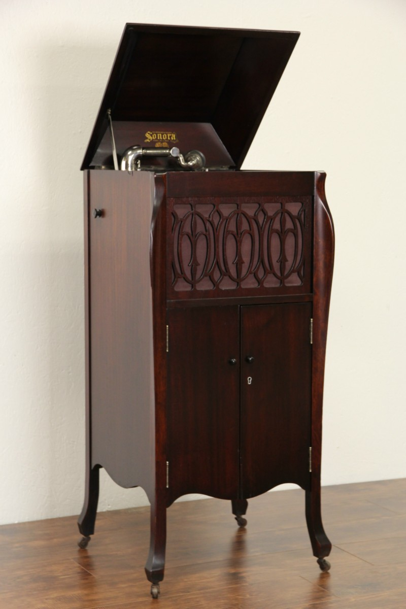 Sold Sonora Windup Antique 1915 Phonograph Record Player