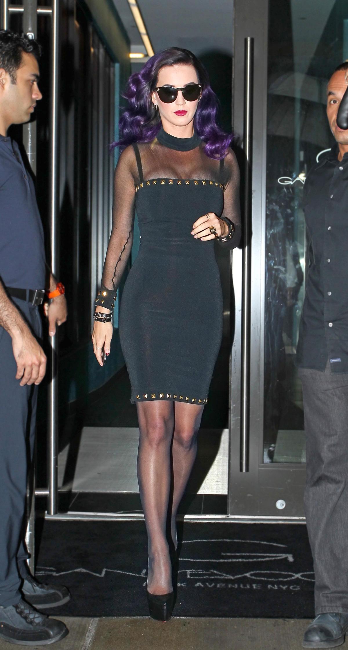 Ariana Grande Black