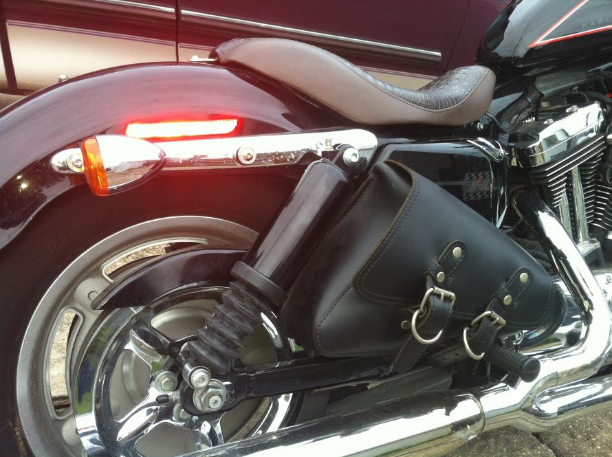 Shocks Road King Harley