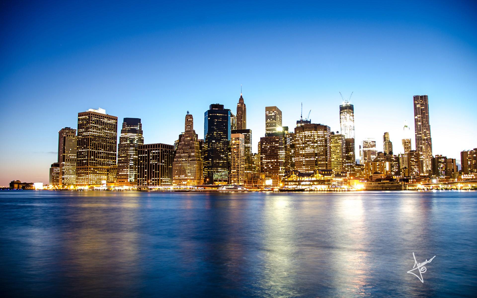 Windows Spotlight City Background