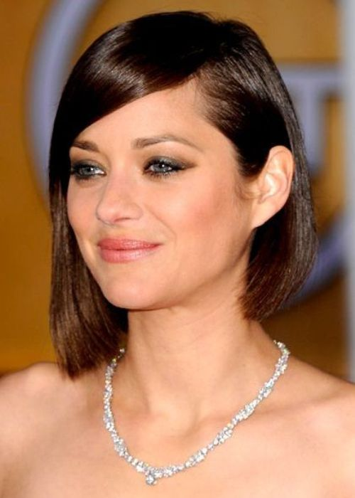 Short Asymmetrical Hairstyles For Round Faces Page 1