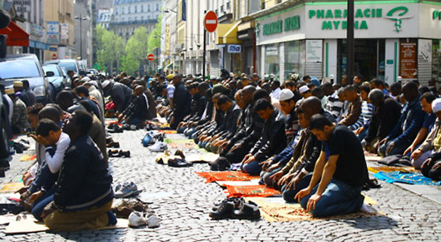 France's fight against Islam: banning public Muslim ...