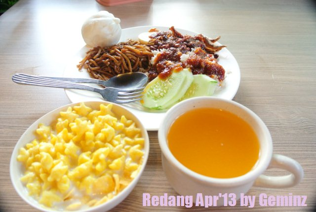 Redang Pelangi Resort breakfast