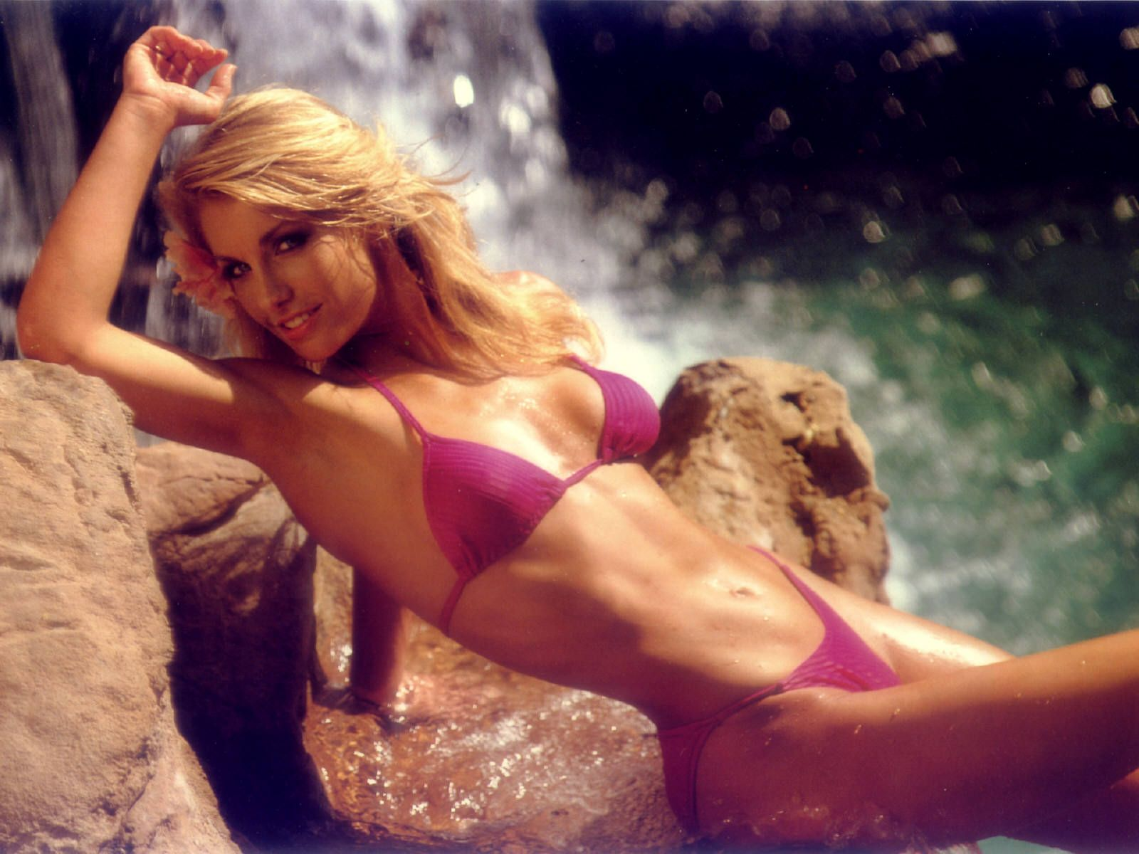 50 Heather Thomas Top Best Sexy Photos And Wallpapers Hd
