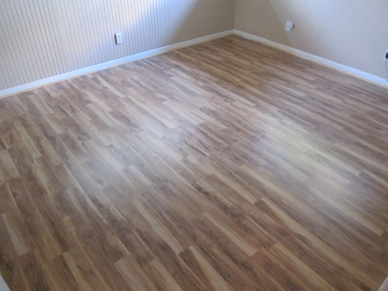 Laminate Flooring   Advantages  Drawbacks   Prices   HomeAdvisor Laminate flooring