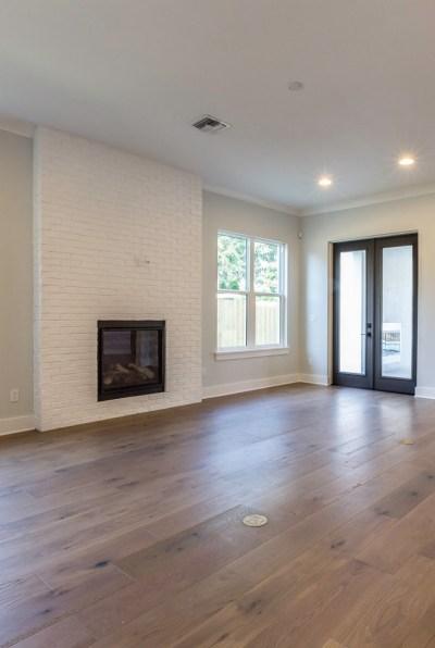 Small Lot Modern Farmhouse - Home Bunch Interior Design
