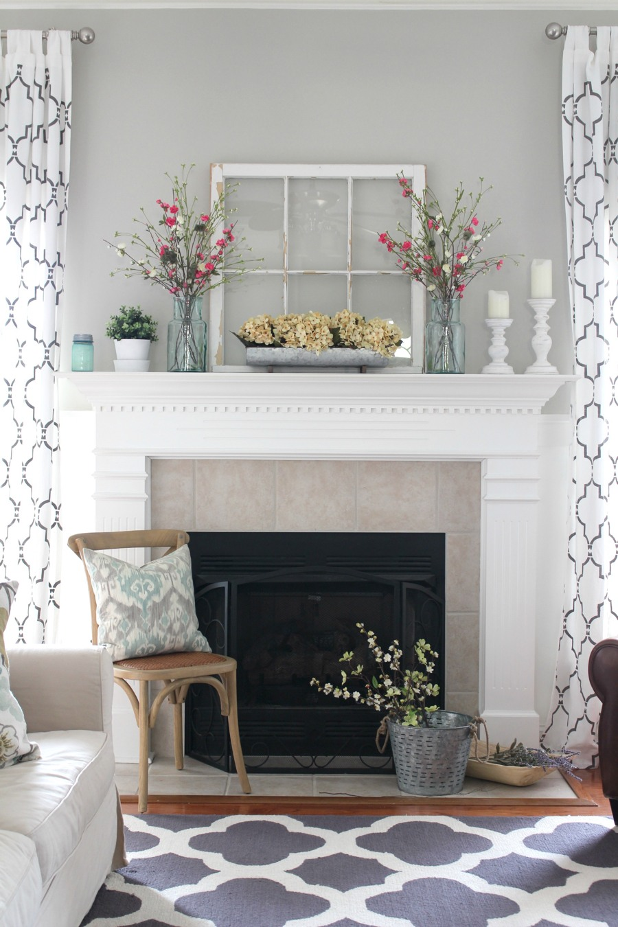 27 Rustic Farmhouse Living Room Decor Ideas for Your Home   Homelovr Rustic Mantel Decor