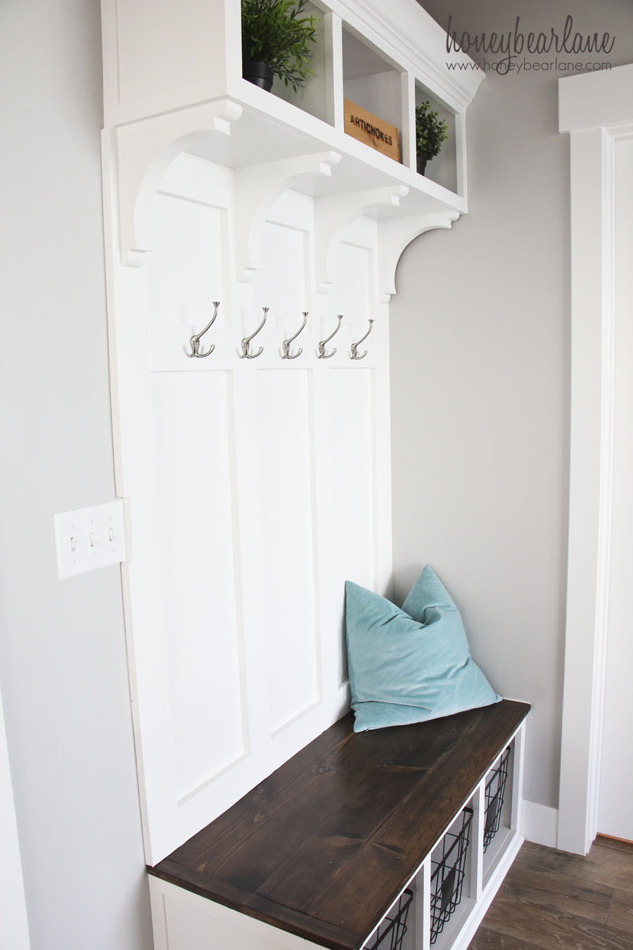 Diy Mudroom Bench Part 2 Honeybear Lane