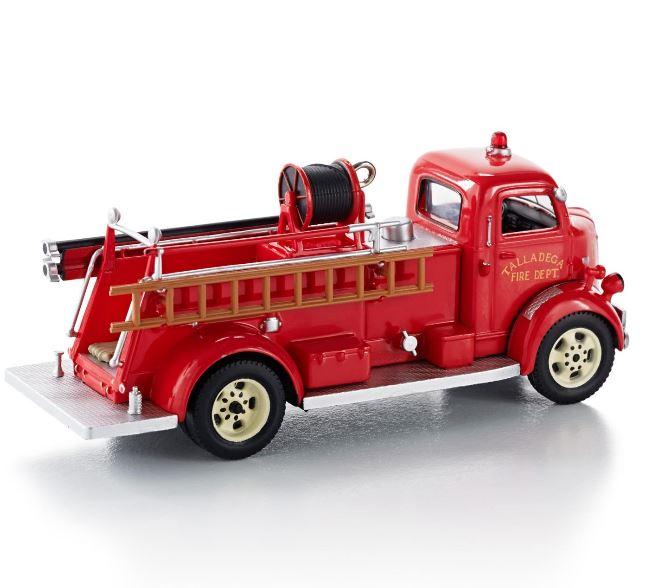 2013 Ornaments Fire Hallmark Truck