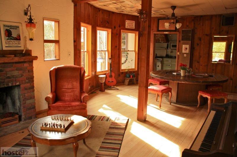 Hi Phoenix The Metcalf House Hostel Phoenix Arizona