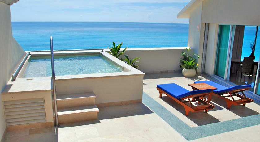 Holiday Villas Greece Pool
