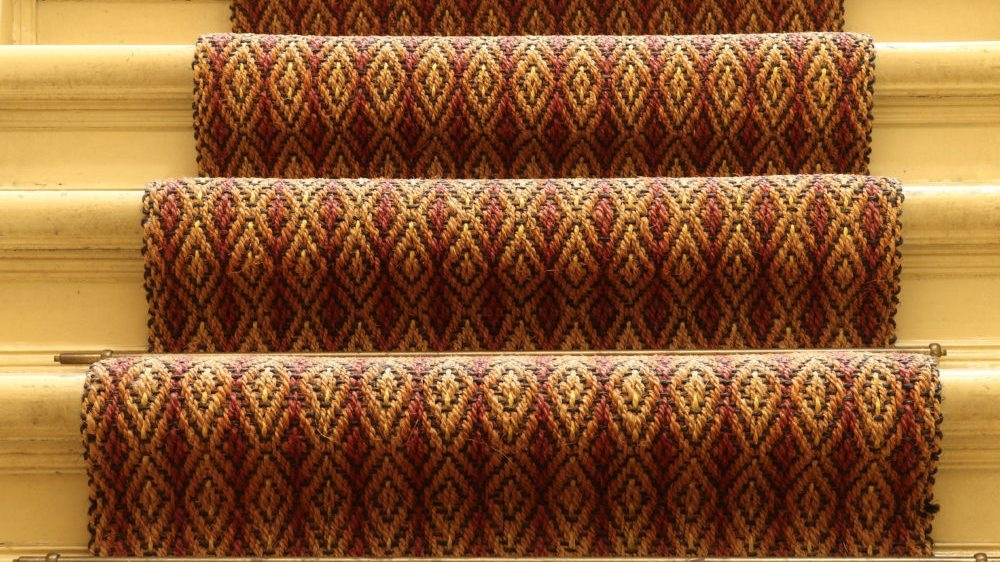 Carpet Runners For Halls And Stairs Houseopedia | Spiral Staircase Carpet Runners | Staircase Ideas | Staircase Railings | Stair Case | Beige Carpet | Sisal Stair