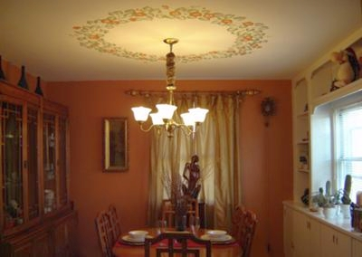 Stenciled Ceiling Light Border In Dining Room
