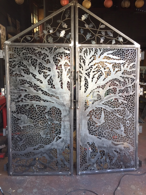 Exceptional Metal Art With Plasma