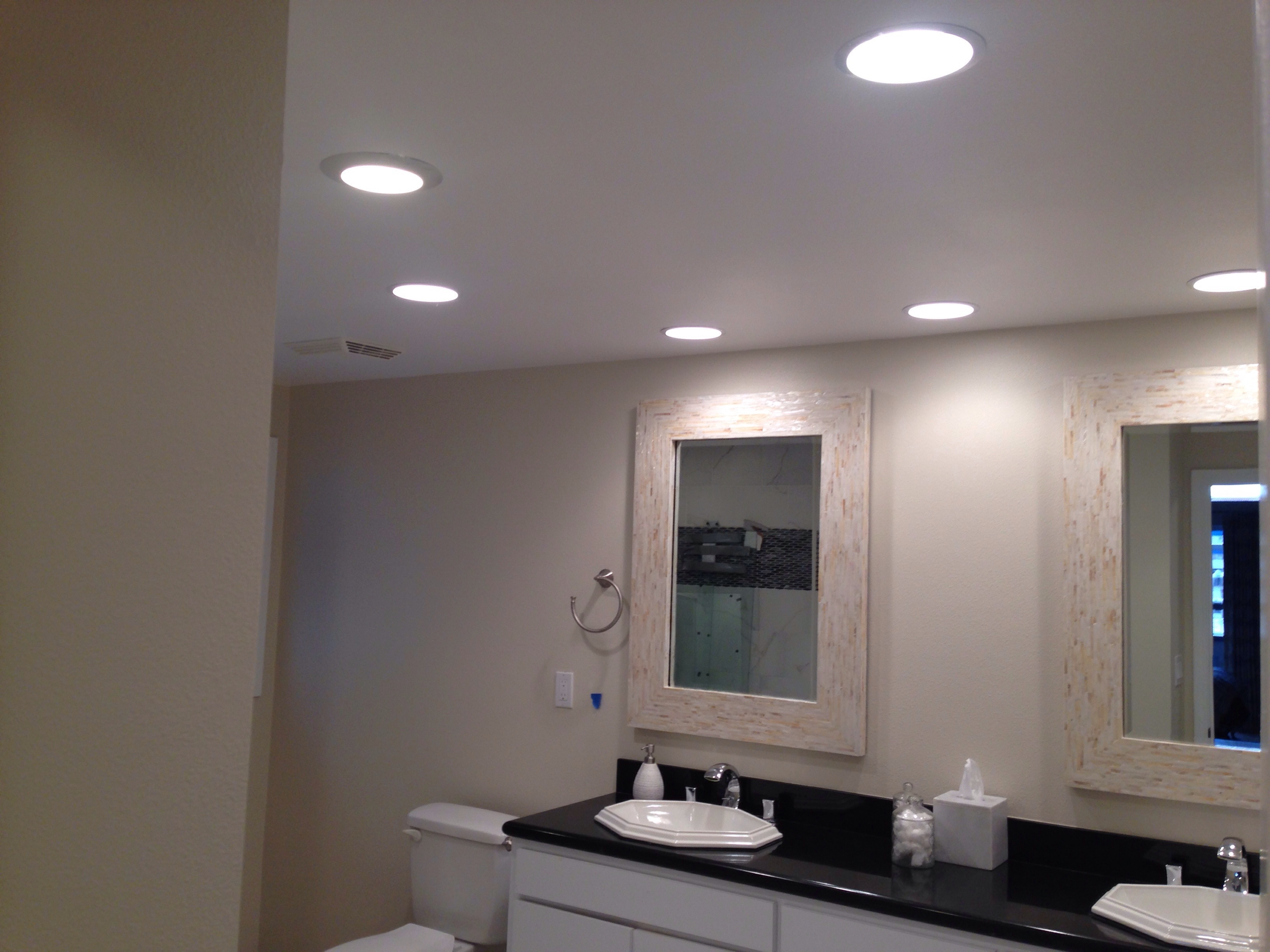 Bathroom Light Fixtures 4 Lights