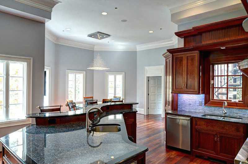 Stunning Gated Estate In Atlanta With Grand Staircase