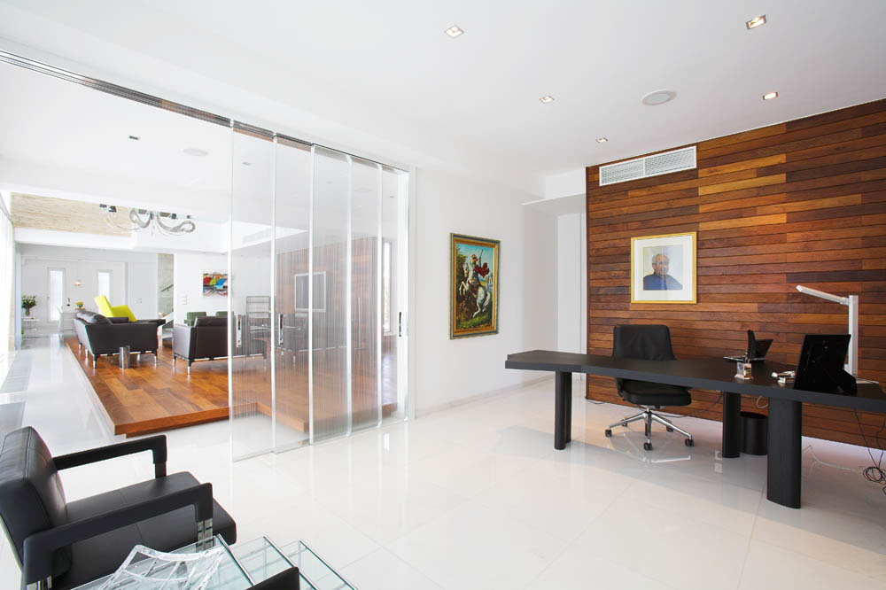 Office Den Decorating Ideas