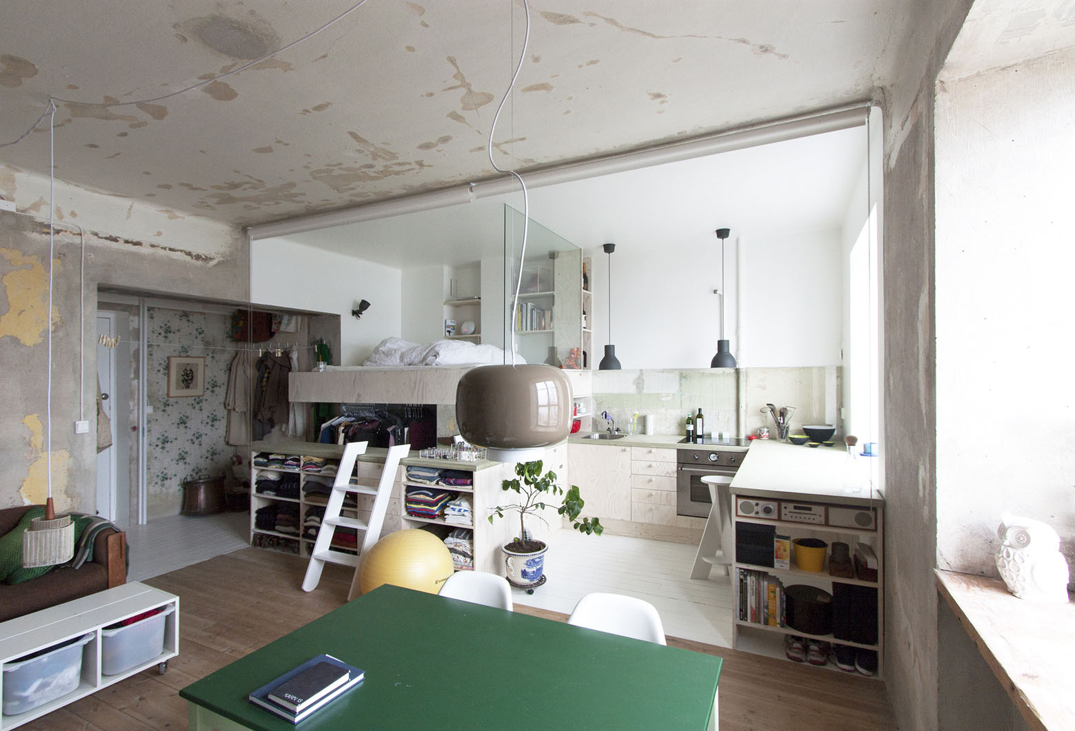 Inexpensive Studio Apartment Renovation With All In One