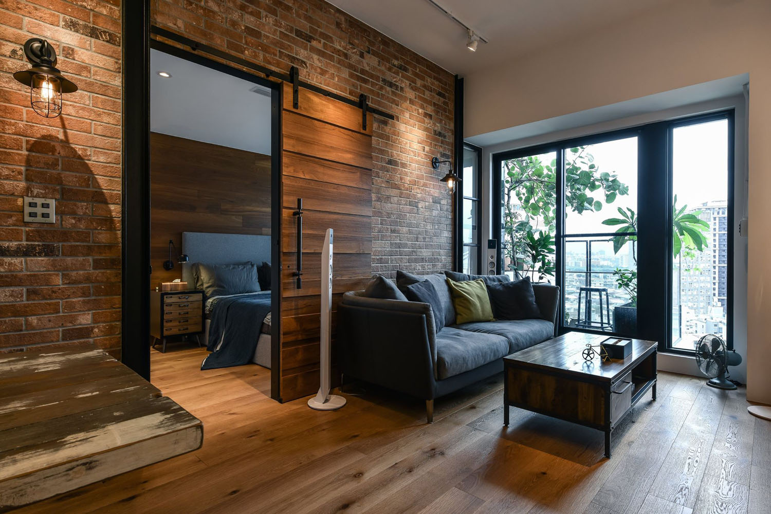 New Taipei City Industrial Loft Apartment 10