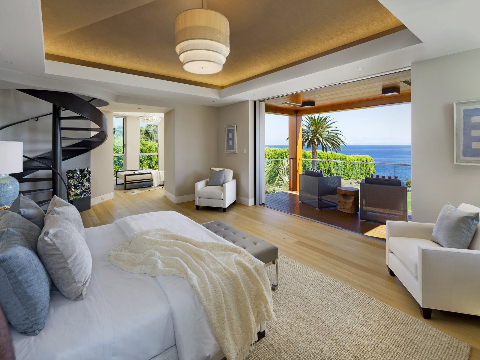 Post Modern Contemporary Oceanfront Mansion In Santa