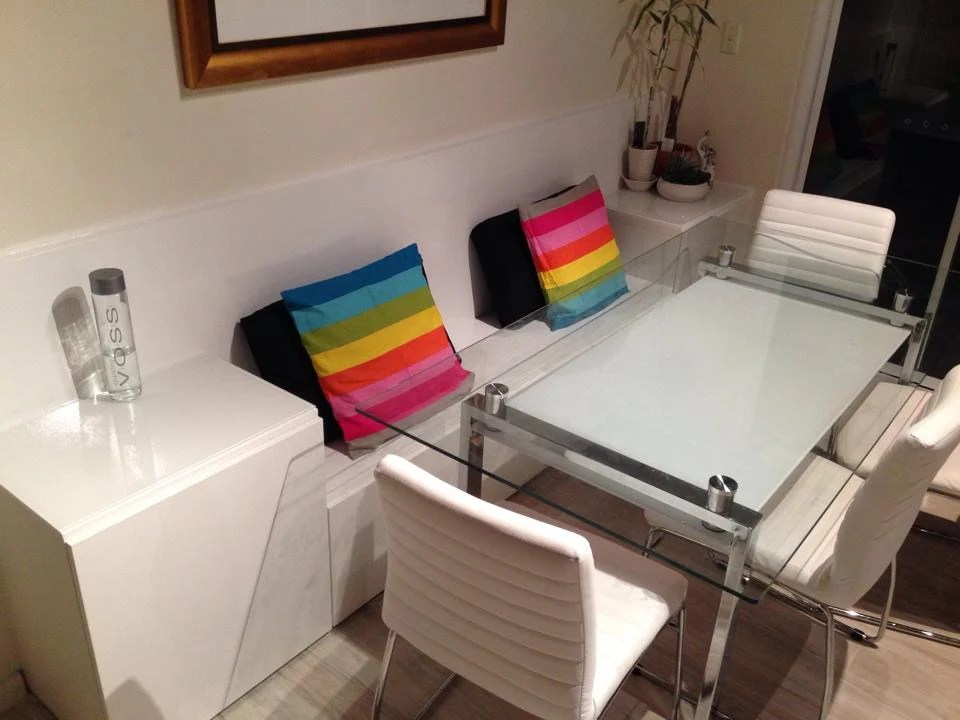 Ikea pax sliding doors room divider for Ikea kitchen banquette