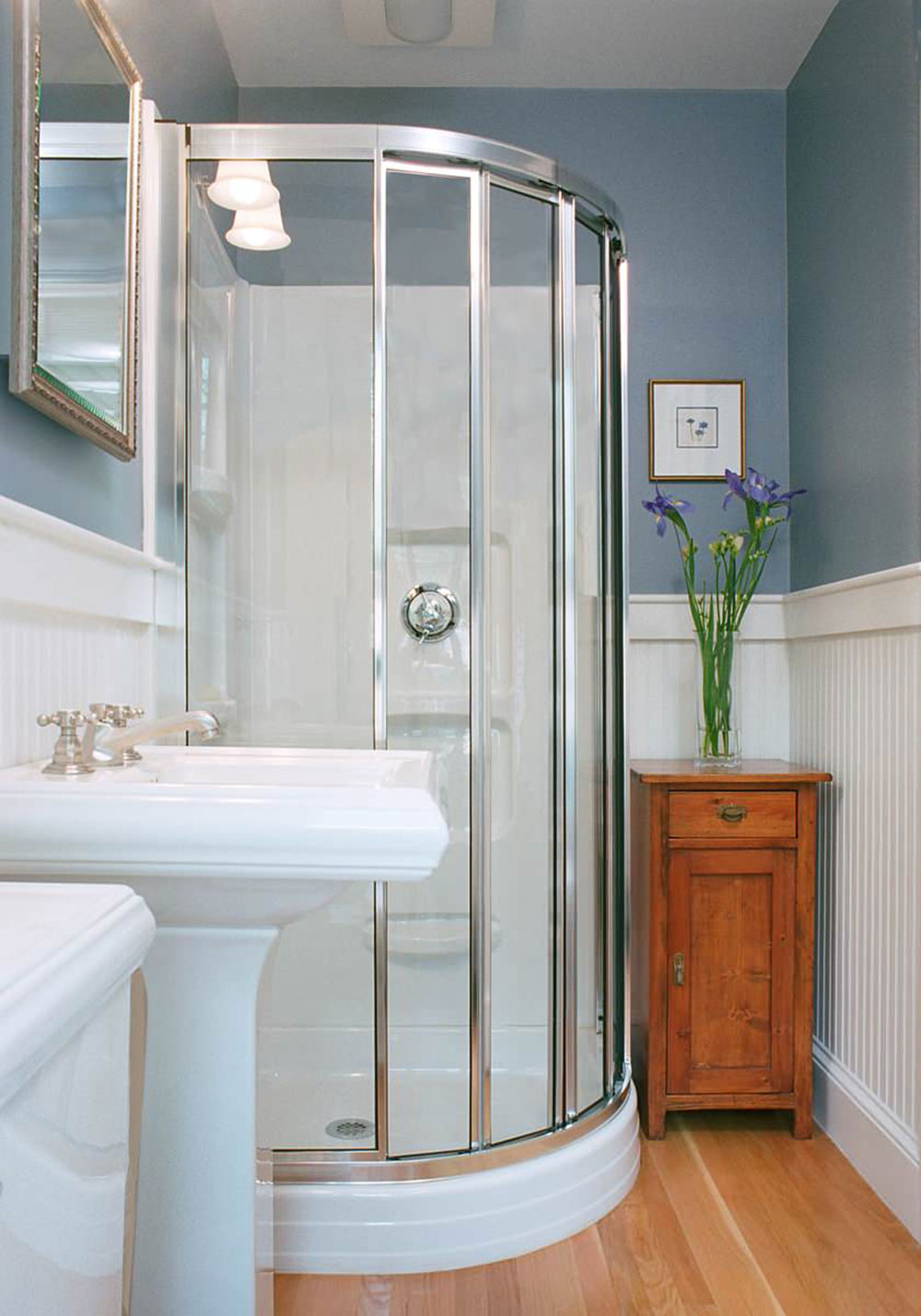 How To Make A Small Bathroom Look Bigger   Tips and Ideas How To Make A Small Bathroom Look Bigger     Tips and Ideas