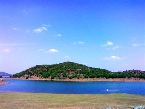 Maithon Dam Island