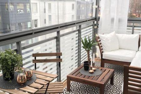 https://i3.wp.com/www.inrichting-huis.com/wp-content/afbeeldingen/gordijnen-ophangen-op-balkon-5.jpg?resize=450,300