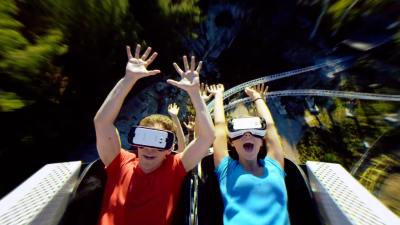 Six Flags and Samsung partner up for first virtual reality ...