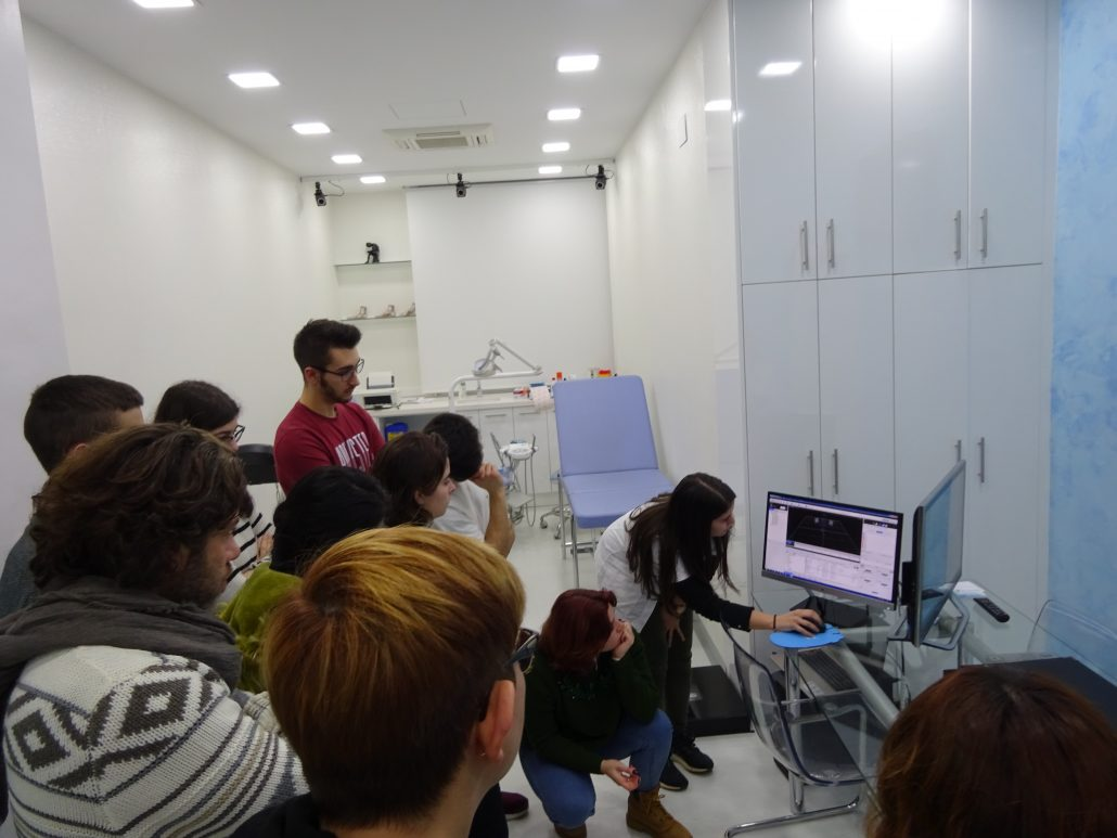 THE INSTITUT CATALÀ DEL PEU ORGANIZES A SEMINAR OF BIOMECHANICS FOR THE STUDENTS OF THE SUPERIOR CYCLE OF ORTHOPEDICS.