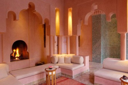 https://i3.wp.com/www.interieur-inrichting.net/afbeeldingen/marokkaanse-woonkamer-inrichten-3.jpg?resize=450,300