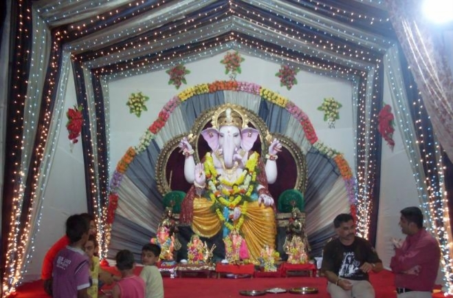 images for how to welcome ganpati once again
