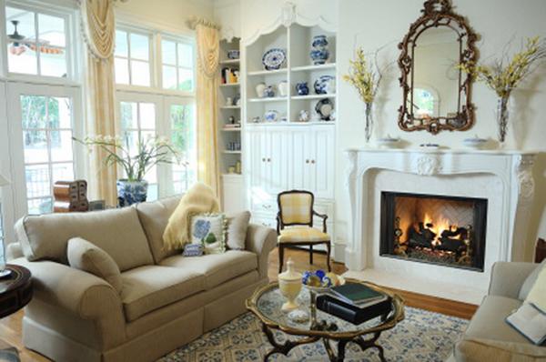 Cottage Style Apartment Decor