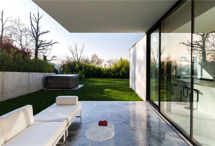 Modern Cube Shaped House In Belgium Interiorzine