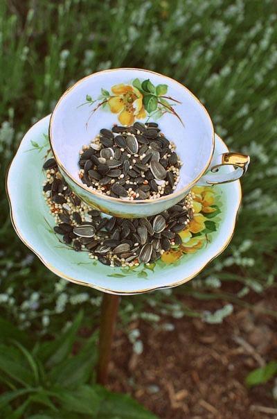 Homemade Bird Feeder From Vintage Teacups Diy Wedding