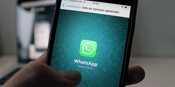 Whats App will finance 20 research teams to study the spread of misinformation around the world