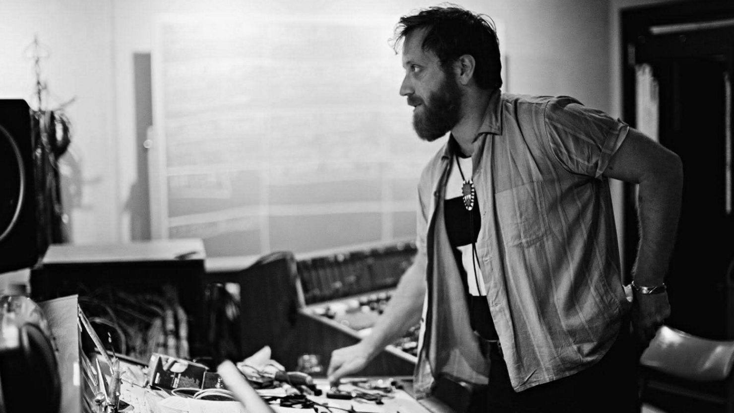 Dan Auerbach To Host The Easy Hour Monthly Radio Show On