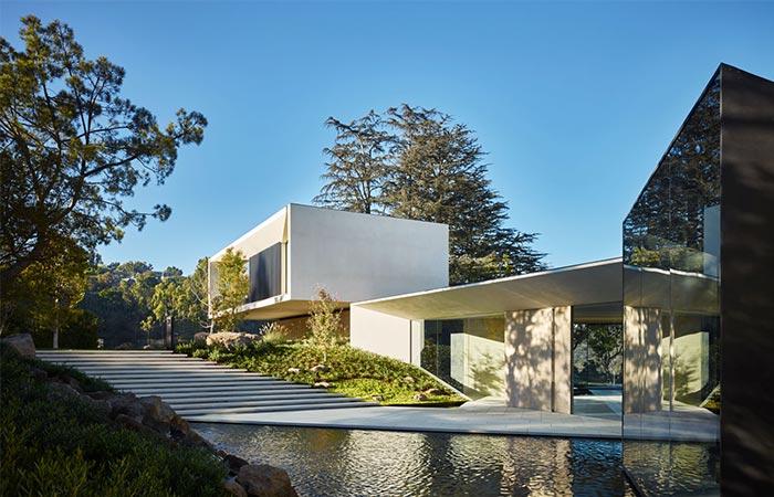 Director Michael Bay S Modern Three Story Los Angeles Villa Jebiga Design Amp Lifestyle
