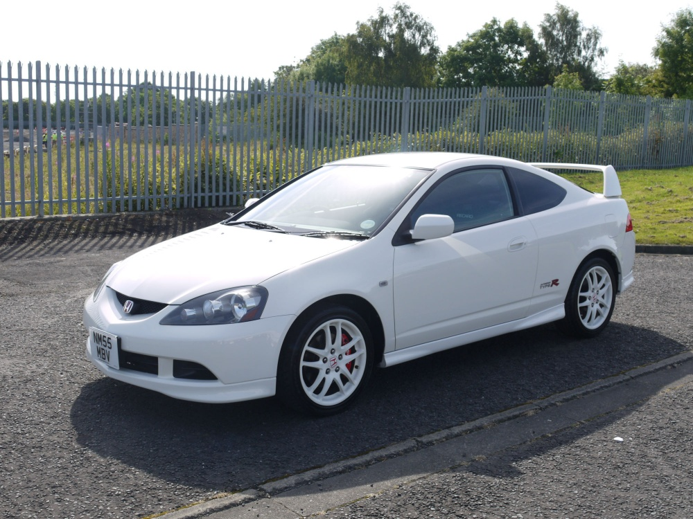 Acura Integra White Wheels