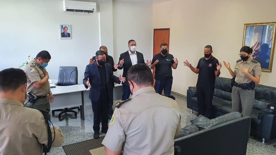 Na oportunidade o Bispo Freitas, realizou a oração da Proteção por todas as autoridades.