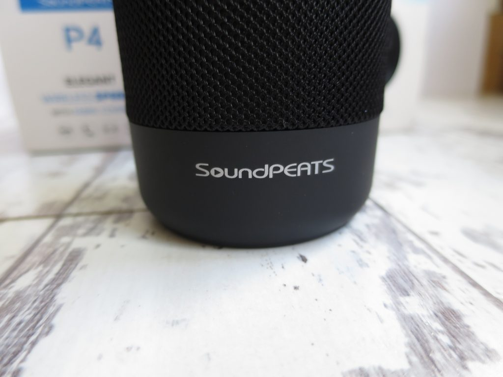 SoundPEATS P4 portable speaker