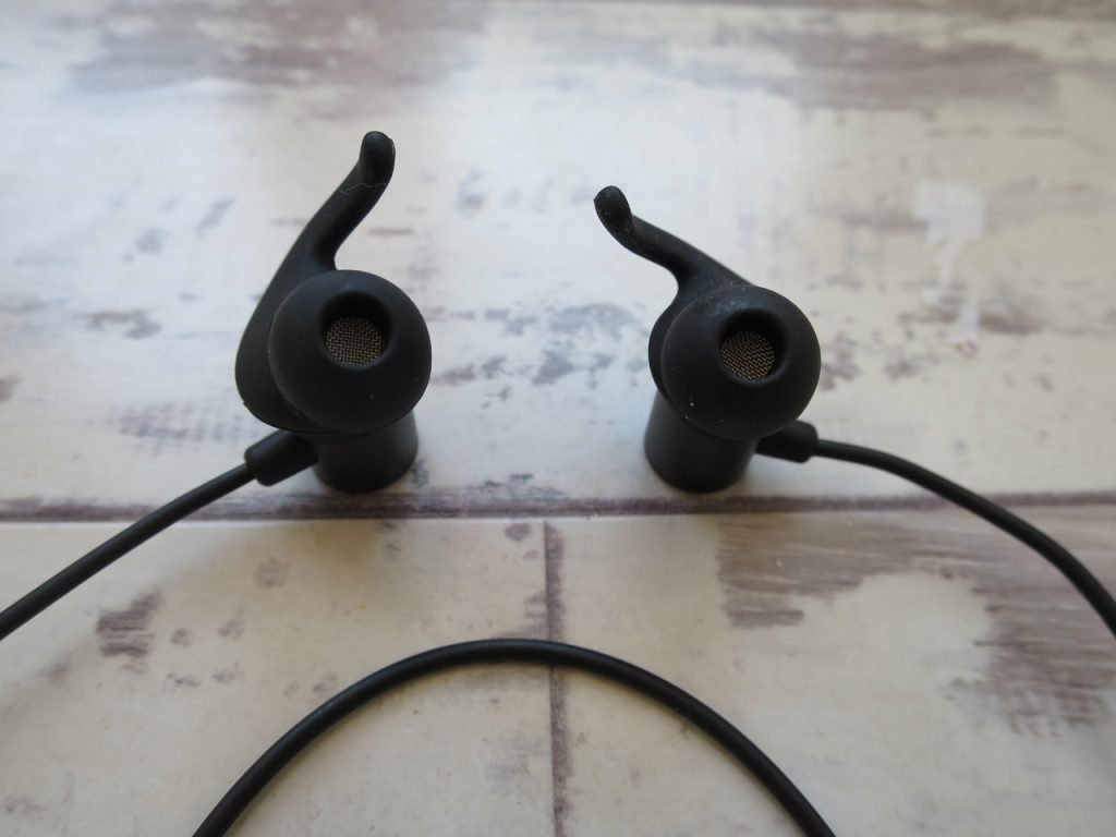 Soundpeats Q30 Bluetooth Earbuds