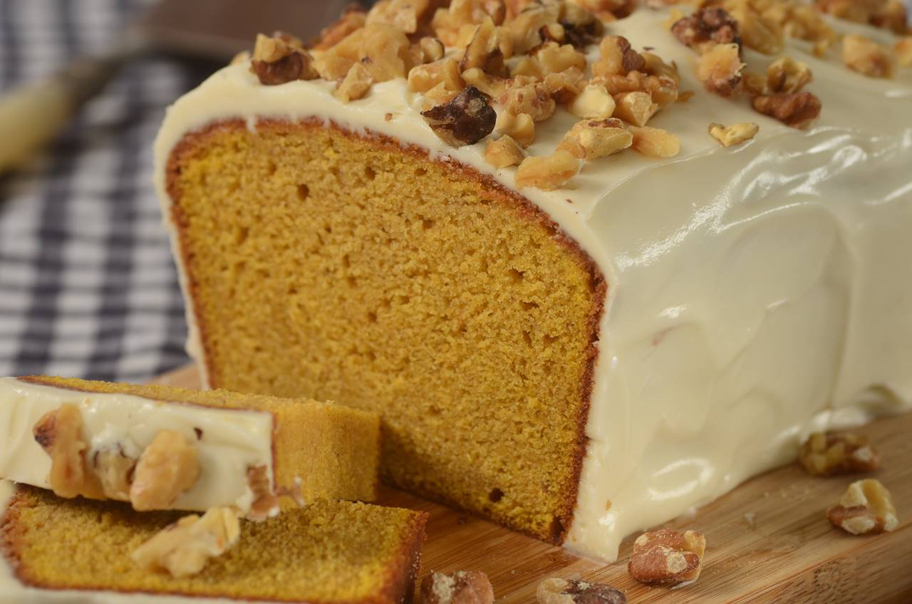 Pumpkin Pound Cake Joyofbaking Com Video Recipe