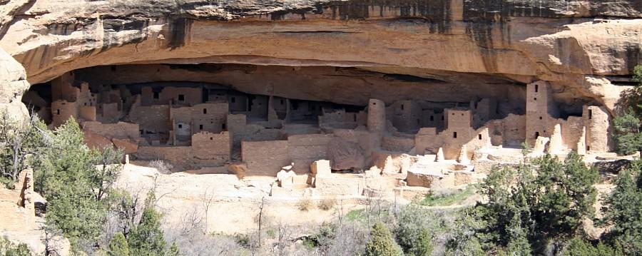 Verde Palace Mesa Cliff Close