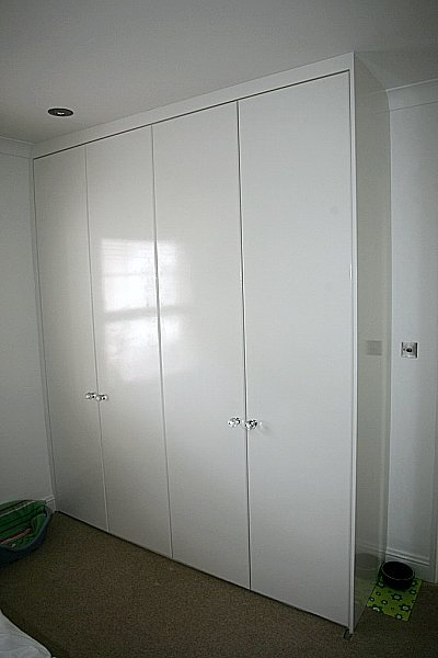 Tall White Wardrobe Drawers