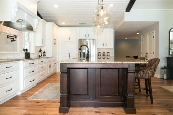 Custom Orlando Kitchen Remodeling Company   KBF Design Gallery Lake House Kitchen Remodel