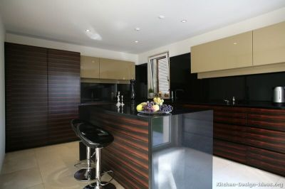 Pictures of Kitchens - Modern - Two-Tone Kitchen Cabinets ...
