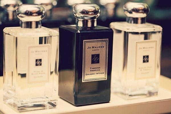 Diferența de parfumare selectivă și de nișă