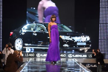 Headlines organizatorem Lexus Fashion Night 3