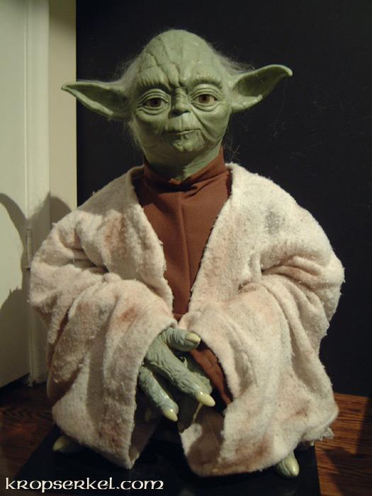 Kropserkel Yoda Display Replica